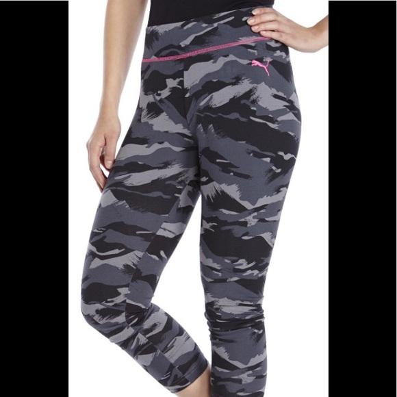 3d9774ae5187b Puma Black Print Capri Leggings. M_5acd58c72ae12f87004c4db6